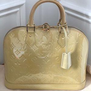 Louis Vuitton Monogram Vernis Alma PM Bag